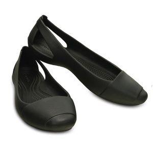 Women's Black Sienna Crocs Flats Size 8